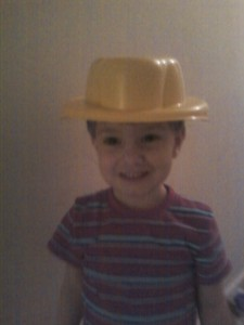 """""""Wook at my hat, mom"""""""